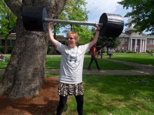 To warm up for parading, I did some presses with 2,000 pounds.