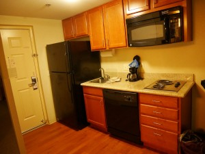 Candlewood Suites Omaha kitchen
