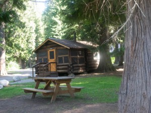 Lochsa Lodge cabin