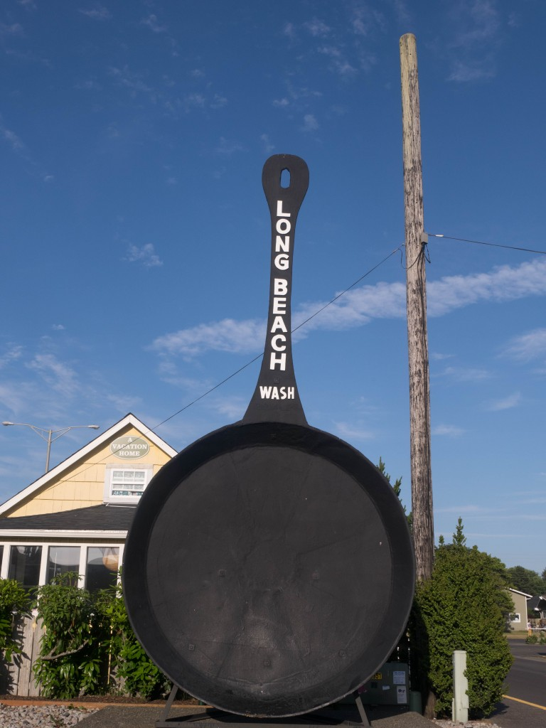 world's largest frying pan Long Beach