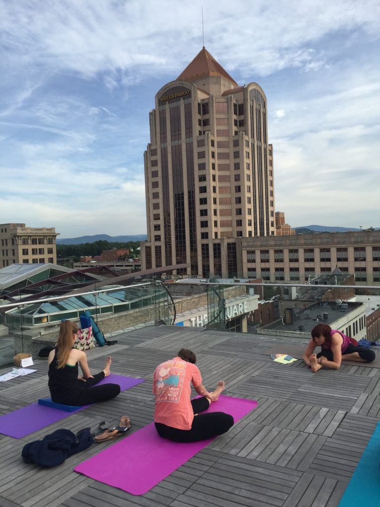 yoga on roof of Roanoke Center in the Square with Bonny Branch4